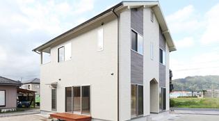 ライフプラスハウスの年収450万円の家